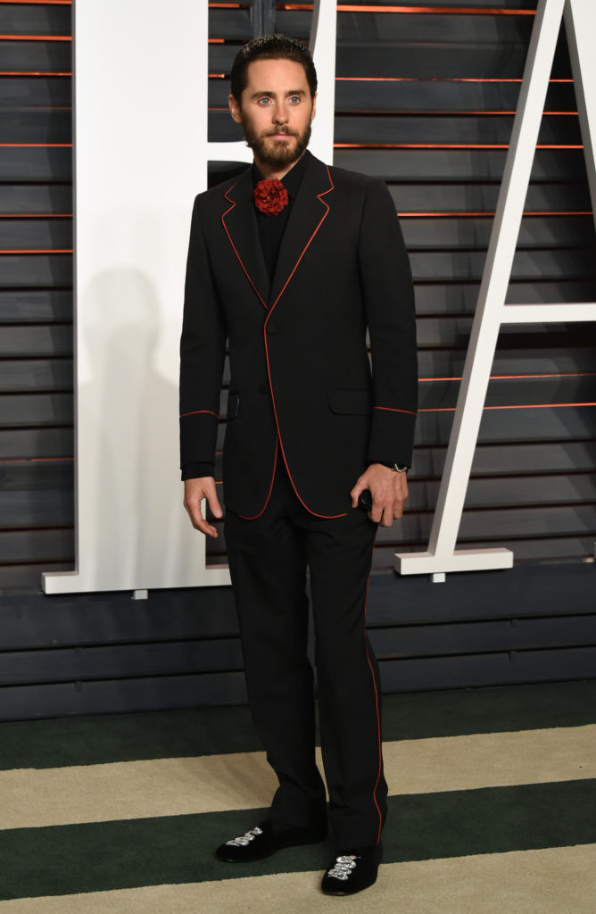 ap foto : evan agostini : jared leto arrives at the vanity fair oscar party on sunday, feb. 28, 2016, in beverly hills, calif. (photo by evan agostini/invision/ap) 022816114389, 21334631 jared let 88th academy awards - vanity fair oscar part automatarkiverad